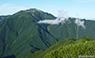 甲斐駒ヶ岳から見た仙丈ケ岳のサムネイル